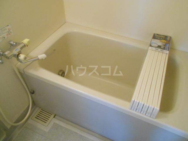 ライフステージ久里浜C棟 203号室の風呂
