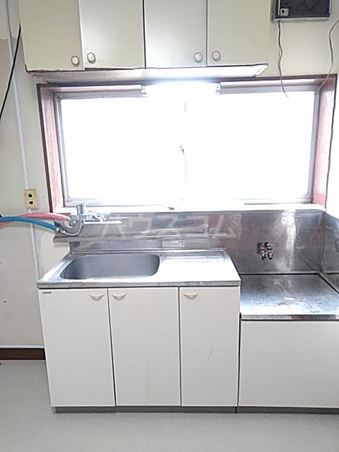 久末アパート 201号室のキッチン