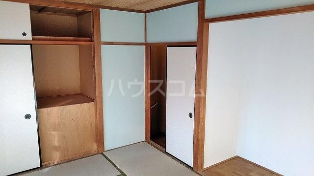 第一岡庭ハイツの居室