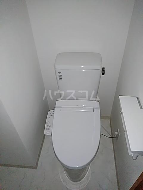 アンベリール マーロ北綾瀬Ⅰ 603号室のトイレ