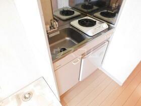 イースタンパレス浦賀 202号室のキッチン