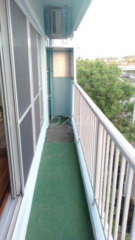 一鳩マンション 405号室のバルコニー