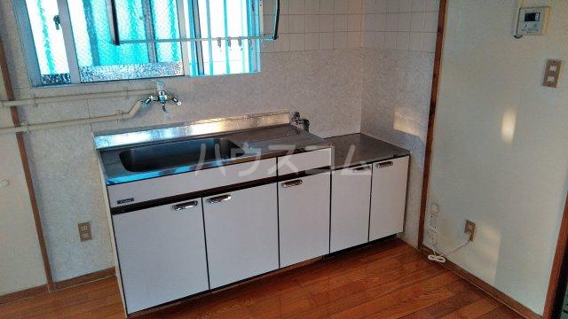 一鳩マンション 405号室のキッチン