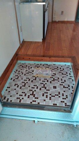 一鳩マンション 405号室の玄関