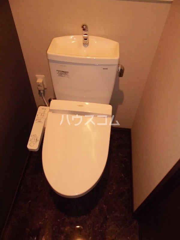 メゾン・デュ・パーク新都心 202号室のトイレ