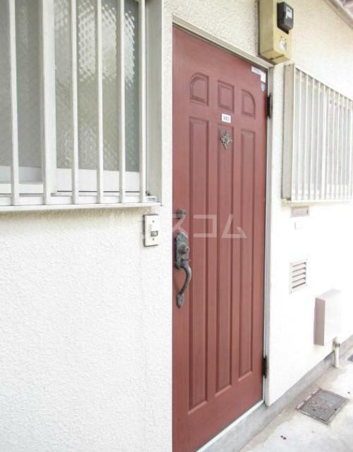 フラッティーベル Ⅰ 103号室の玄関