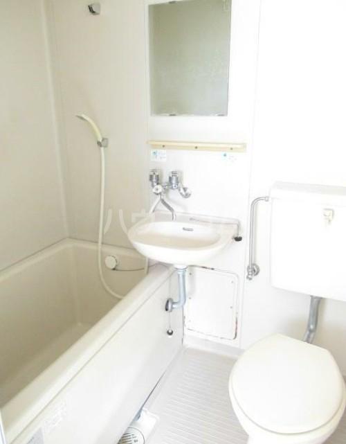 フラッティーベル Ⅰ 103号室のトイレ