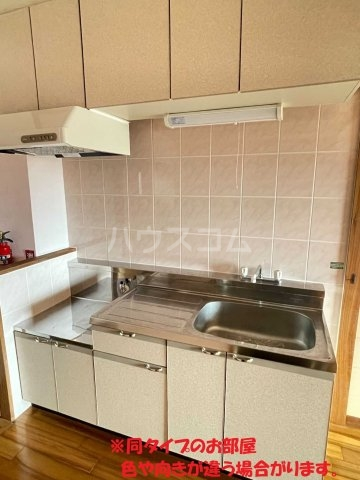 龍ハイツ 402号室のキッチン