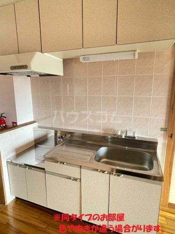 龍ハイツ 320号室のキッチン