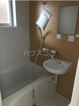 コーラルオリオン 802号室の洗面所