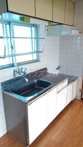 一鳩マンション 205号室のキッチン