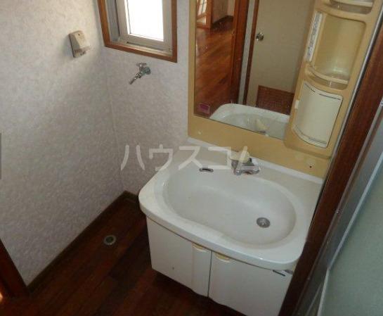 グリーンハイツ知念 403号室の洗面所