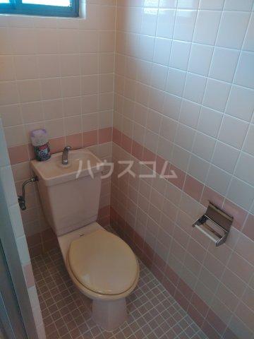 プラスパー上原 3-C号室のトイレ