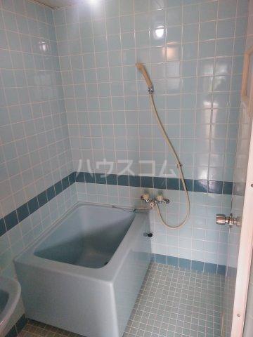 プラスパー上原 3-C号室の風呂
