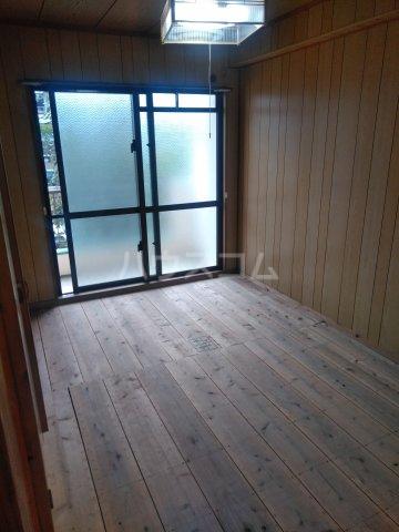 プラスパー上原 3-C号室の居室