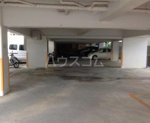 シティービューハウス 205号室の駐車場
