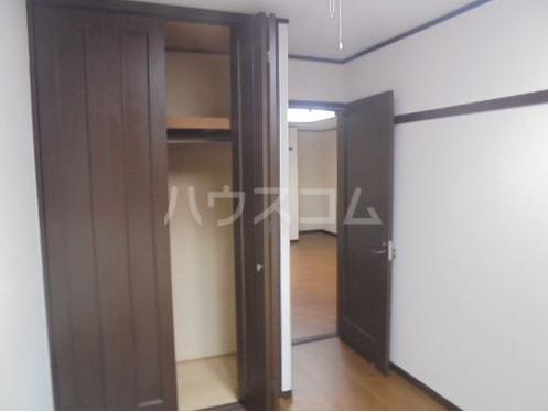 ライオンズプラザ宇栄原 103号室の居室