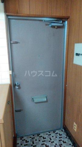 大漁マンション 405号室の玄関
