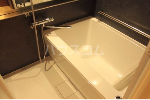 La mer 久茂地 603号室の風呂