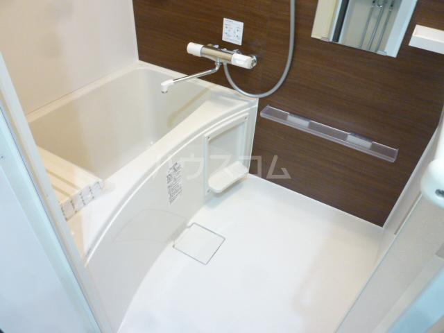 メゾン・ド・ソレイユ蒲田 104号室の風呂
