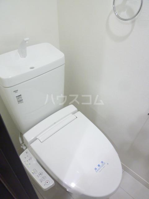 メゾン・ド・ソレイユ蒲田 104号室のトイレ