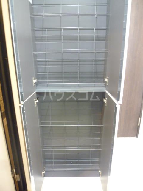 メゾン・ド・ソレイユ蒲田 104号室の収納
