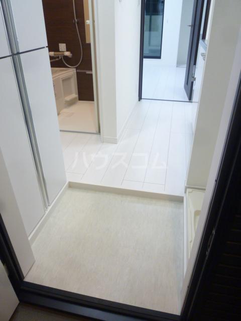 メゾン・ド・ソレイユ蒲田 104号室の玄関