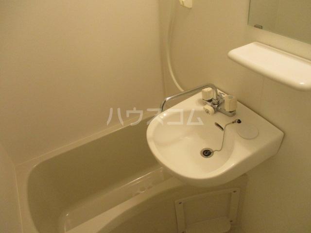 アーバネージュ西蒲田 202号室の風呂