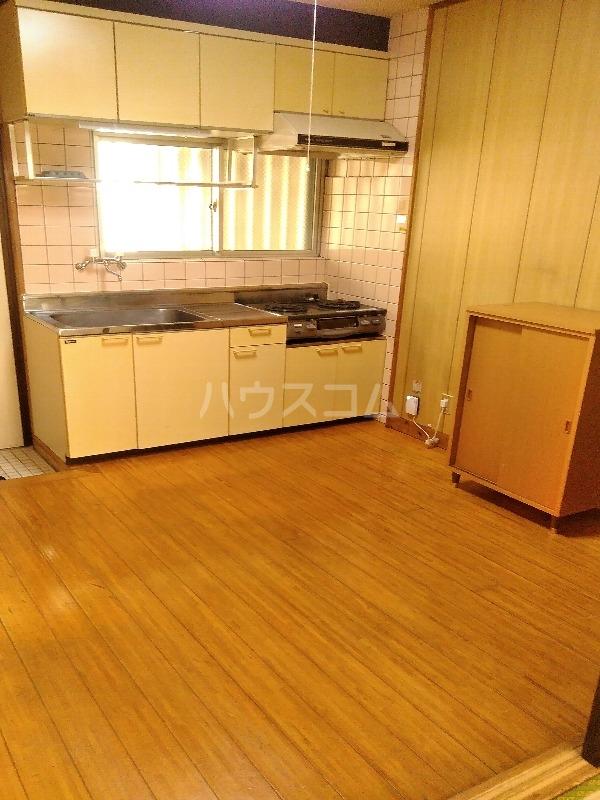 カーサ島乃 2-C号室のキッチン