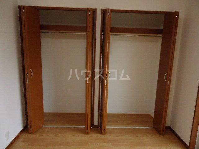 メゾンコート リバティー 402号室の玄関
