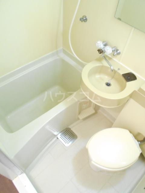 ロマネスク渡辺通第2 209号室の風呂
