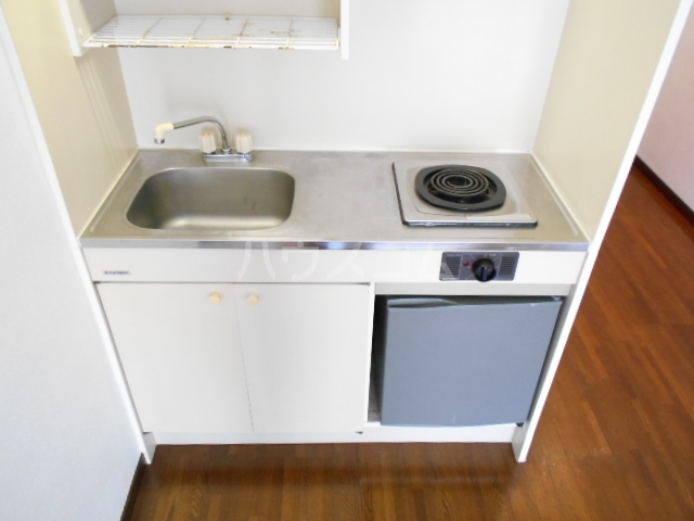 ロマネスク渡辺通第2 209号室のキッチン