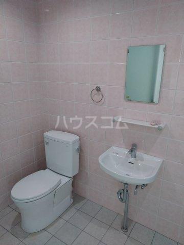 クレアドールⅢ 406号室のトイレ