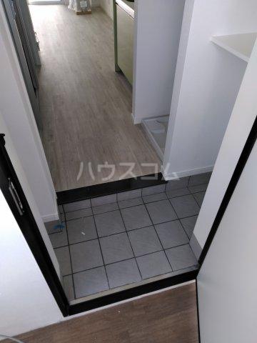 クレアドールⅢ 406号室の玄関
