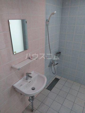 クレアドールⅢ 410号室の風呂