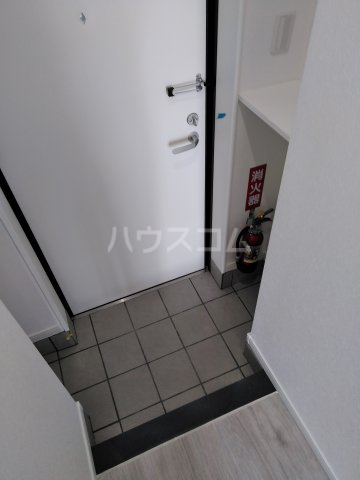クレアドールⅢ 501号室の玄関