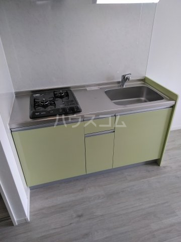 クレアドールⅢ 501号室のキッチン
