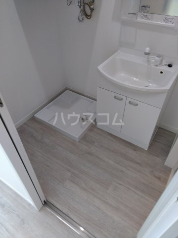 クレアドールⅢ 501号室の洗面所