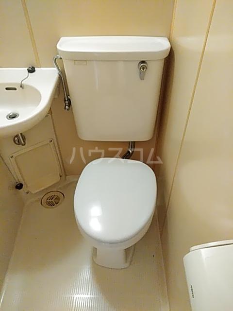 シティキャビン 402号室のトイレ