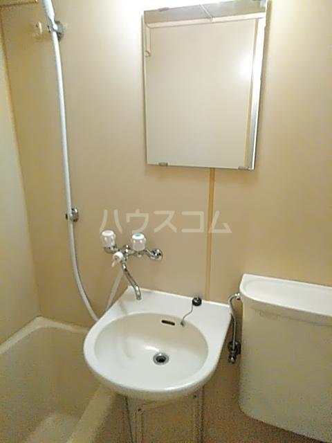 シティキャビン 402号室の洗面所