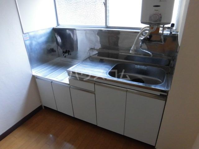 織戸ハイツ 205号室のキッチン