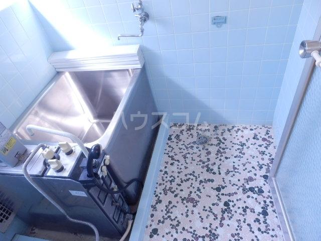 織戸ハイツ 205号室の風呂