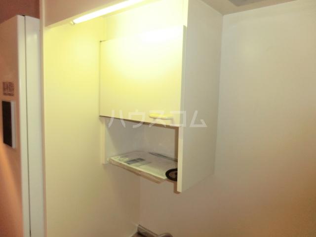 グローリ大島 206号室のキッチン