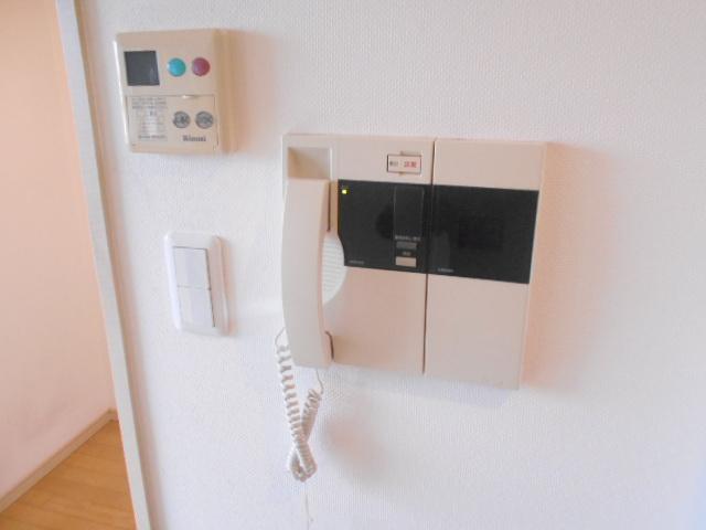プライマル三軒茶屋 401号室のセキュリティ