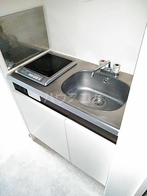 メルシー世田谷 203号室のキッチン