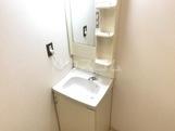 コーポラス管石 106号室の洗面所