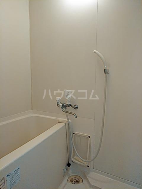 クレセントC 101号室の風呂