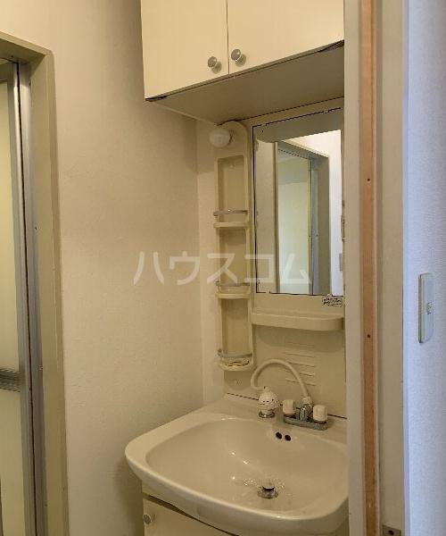 K,Sコート 103号室の洗面所