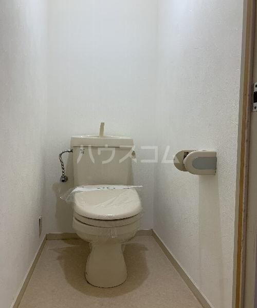K,Sコート 103号室のトイレ
