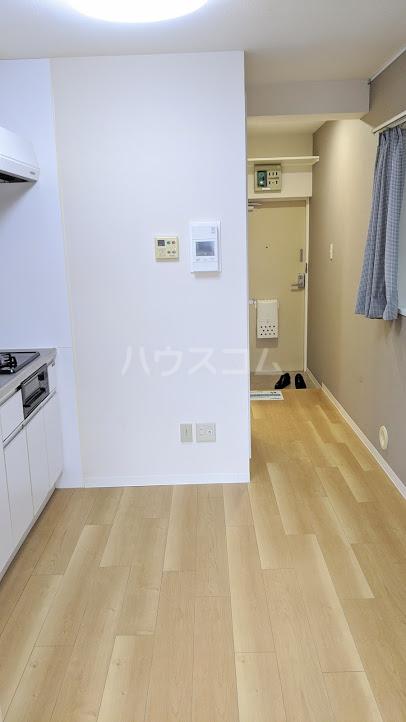 セザール大岡山 104号室のリビング